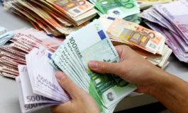 Fingendosi imprenditori tentano truffa da tremila euro per l'acquisto di mobili mai consegnati ma sono scoperti e denunciati