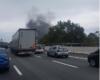 Tir in fiamme sulla A26: chiuso il tratto Genova Voltri - Masone