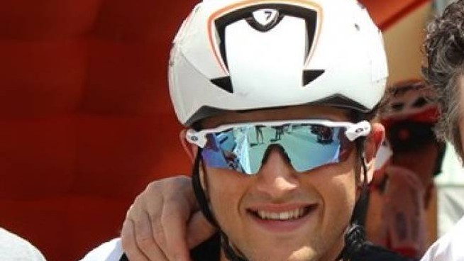 """A Molino dei Torti una veglia funebre in ricordo del giovane ciclista morto sabato al trofeo """"Bassa Valle Scrivia"""""""