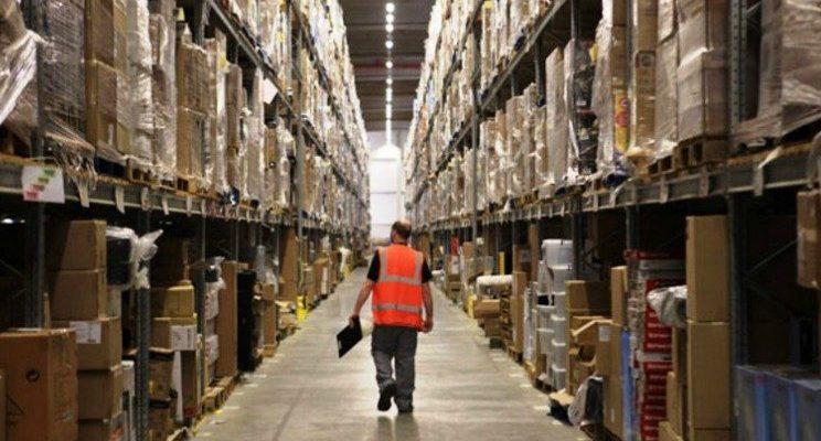 Ennesimo fallimento dei sindacati: Amazon vince tutti i ricorsi, niente contratto agli ex magazzinieri