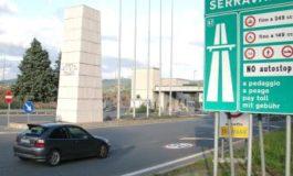 Va a sbattere con l'auto contro il guardrail: trasportata in codice giallo all'ospedale di Alessandria