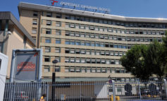 Torino, cadavere abbandonato su una panchina davanti all'ospedale San Giovanni Bosco