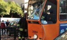 Due tram si tamponano a Torino, undici feriti