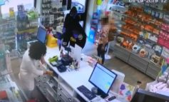 Nel giro di pochi giorni rapinarono una farmacia e un supermarket: presi i responsabili
