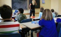 Maltrattamenti e abuso di strumenti correttivi nei confronti di un bambino autistico: indagate due maestre delle elementari