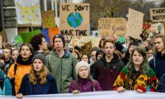 Il Clima, arma di distrazione di massa che serve a non parlare, per esempio, delle guerre in corso