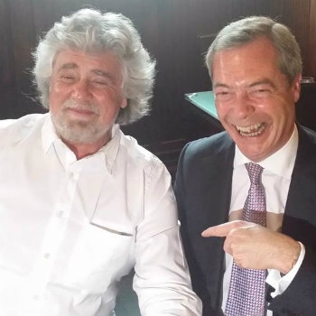 LA BASE GRILLINA DICE SÌ ALL'ALLEANZA CON FARAGE