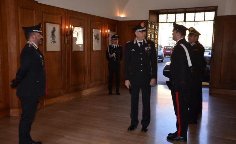 IL GENERALE DI CORPO D'ARMATA COPPOLA IN VISITA AL COMANDO PROVINCIALE DEI CARABINIERI