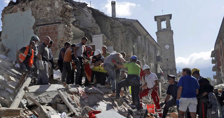 Per il terremoto di Amatrice prendiamo esempio da quello che ha fatto, presto e bene, il regime fascista 86 anni fa per il terremoto del Vùlture
