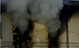 Anziano muore carbonizzato nel rogo che ha distrutto la sua casa
