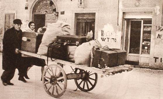 Nel dopoguerra ai profughi istriani i tortonesi hanno riservato sputi e insulti, oggi ai migranti africani ospitalità gratuita in hotel a cinque stelle