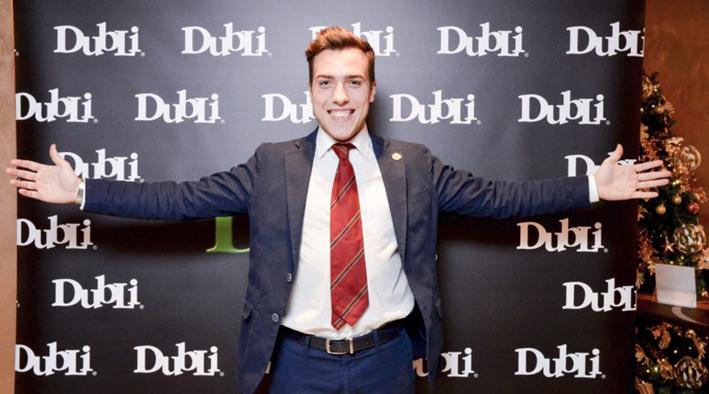 """Il più giovane direttore vendite al mondo è un casalese di 20 anni: Alberto Frisoni che si definisce """"imprenditore digitale"""""""