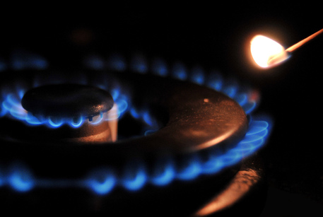 Tariffe: da primo luglio +6,5%,+8,2% gas