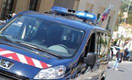 Italiani controllati in territorio italiano da francesi armati