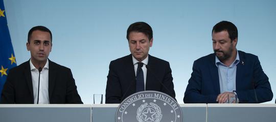 """Salvini e Di Maio trovano l'accordo sul decreto fiscale: nasce lo """"Stato Amico"""""""