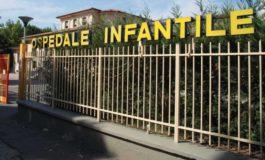 Bimba di due anni e mezzo colpita da una particolare infezione intestinale guarisce grazie ad un intervento innovativo eseguito all'Ospedale Infantile
