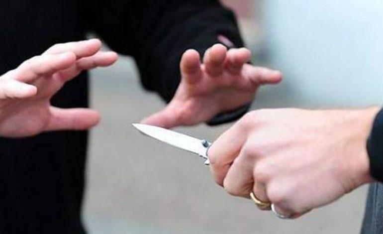 Lite tra coniugi degenera e ci scappa anche una coltellata: una denuncia