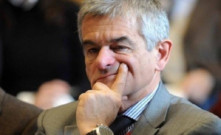 Chiamparino cambia idea e resta in consiglio regionale