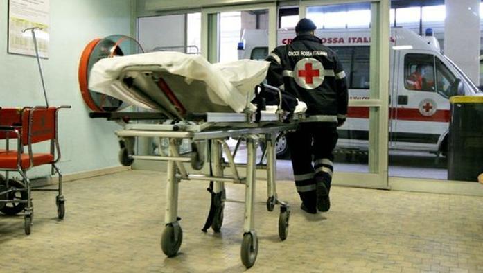 Due schianti frontali nel giro di pochi minuti nel cuneese: un morto ed un ferito grave