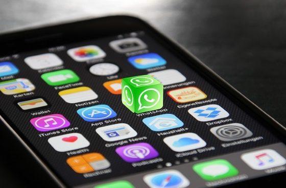 Il tramonto dell'iPhone: Apple non si regge più sullo smartphone