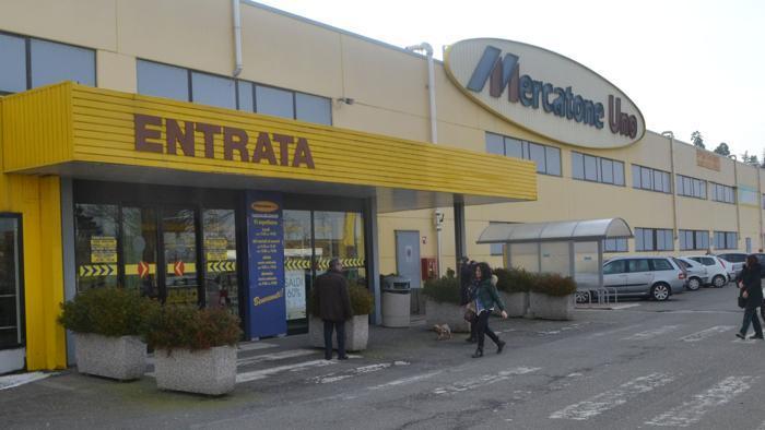 Lavoratori della ex Mercatone Uno oggi in presidio a Roma al Ministero dello Sviluppo Economico