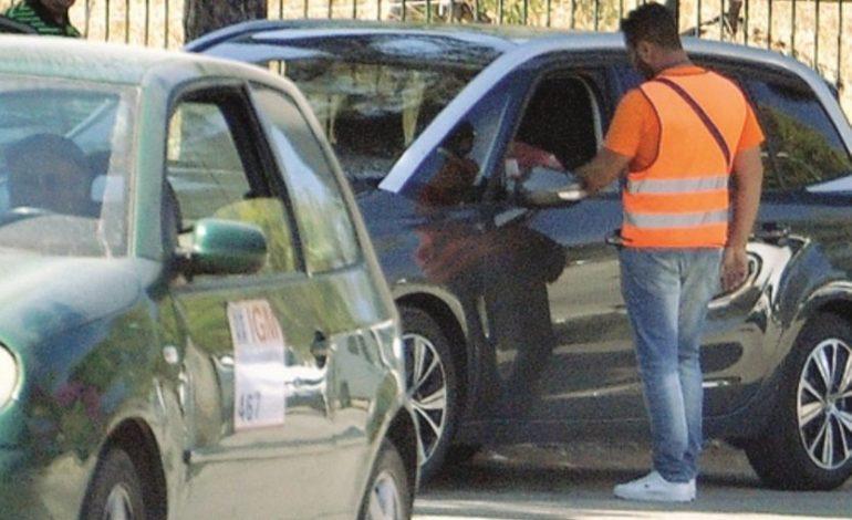 Parcheggiatore abusivo multato a Novi