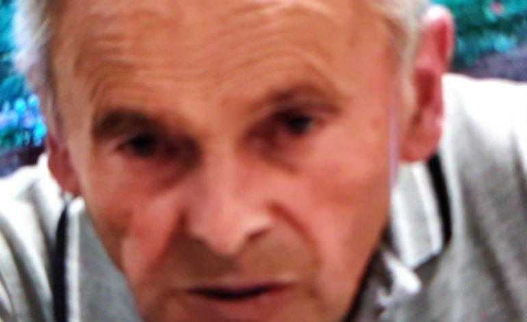 Meccanico settantanovenne in carrozzina muore dopo essere stato investito dal figlio che stava manovrando un camion