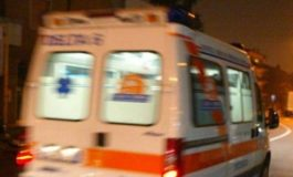 Sessantenne in gravi condizioni dopo un incidente in macchina