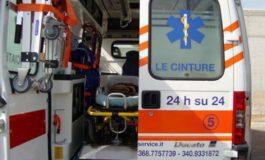 Centauro all'ospedale in codice giallo dopo lo scontro con un'auto
