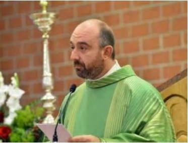 Sesso e droga coi ragazzi della parrocchia: arrestato il parroco