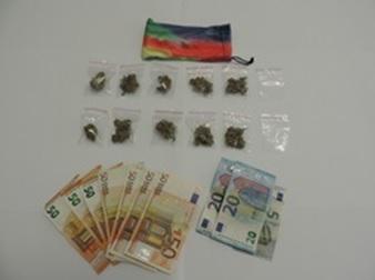 Ventiduenne trovato in stazione con dieci dosi di marijuana e quattrocento euro