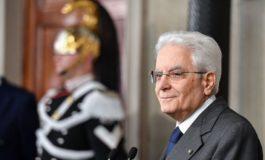Il problema italiano è Mattarella: presidente abusivo, che per la Costituzione non esiste e non conta niente
