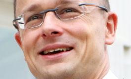 Szijjarto: sbaglia l'Italia a riaprire i porti, l'Ungheria continuerà a difendere le sue frontiere