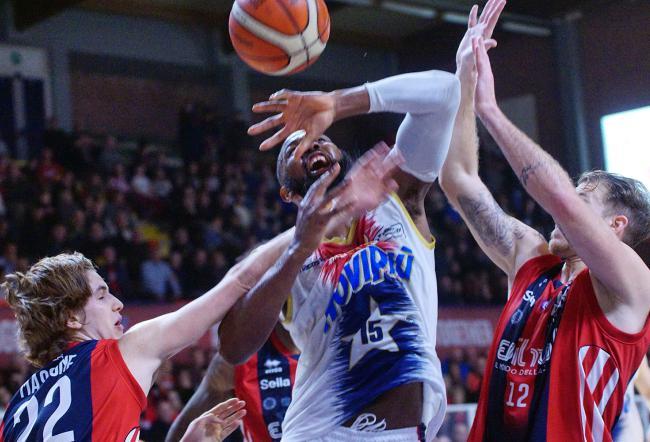 Junior Casale cade anche a Biella ed è fuori dalla Supercoppa LNP