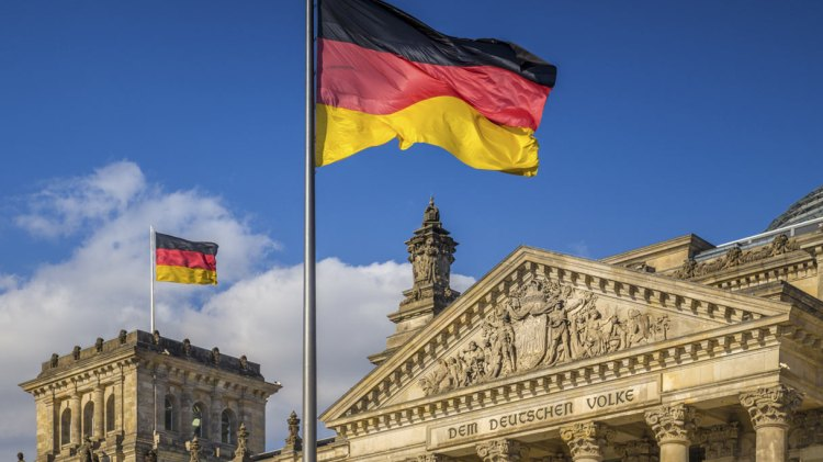 Germania in recessione: UE pronta a dire addio all'austerity… e l'Italia ringrazia