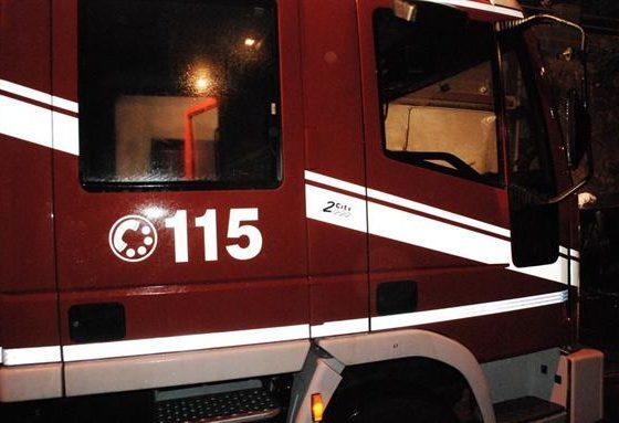 Casa in fiamme a Parodi Ligure vicino all'abbazia di San Remigio: evacuate cinque persone