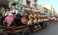 Al via il Paulaner Oktoberfest Alessandria: oggi la parata inaugurale, fiera aperta fino a lunedì 28 ottobre