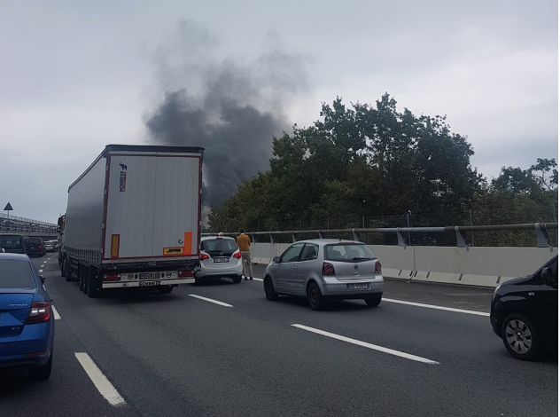 Tir in fiamme sulla A26: chiuso il tratto Genova Voltri – Masone
