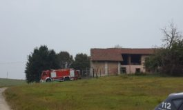 Esplosione e fiamme in casa: due feriti