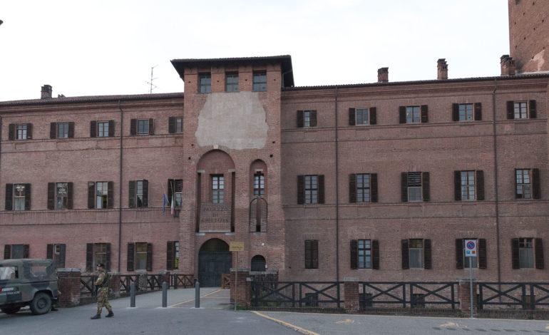 Falso allarme bomba al Tribunale di Vercelli dopo una telefonata anonima al 112