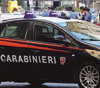 Minorenne sorpreso dai Carabinieri mentre spacciava droga ai coetanei nel parcheggio della Biblioteca di Tortona