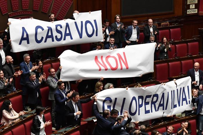 Ex Ilva, Conte: se Mittal lascia arriva il commissariamento