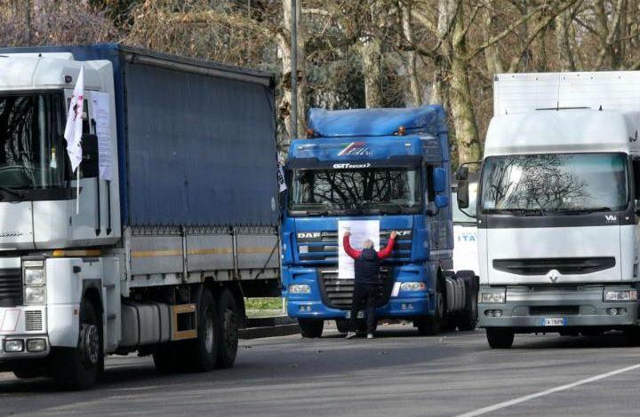 Ex Ilva: scatta da oggi la protesta degli autotrasportatori