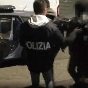 Sgominato gruppo criminale, con sede anche a Serravalle Scrivia, che faceva entrare illegalmente stranieri in Europa