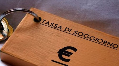 Dal 1° gennaio ad Alessandria si pagherà la tassa di soggiorno