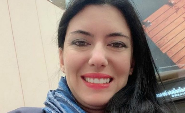 """La ministra grillina dell'Istruzione Lucia Azzolina avrebbe """"copiato"""" una tesi ed è bufera, Salvini: """"Si dimetta"""""""