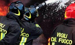 Autobotte che trasporta gpl si rovescia a Castellazzo Bormida: intervenuti i Vigili del Fuoco