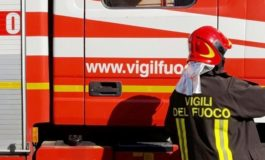 Rogo in un'abitazione nel Torinese: morta una donna per le esalazioni