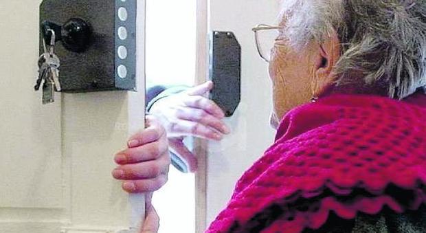 Santhià, anziana truffata da finto avvocato al quale consegna cinquemila euro per la scarcerazione del nipote