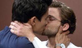 Rimini: padre di famiglia accusa l'ex amante gay di tradirlo con sua moglie